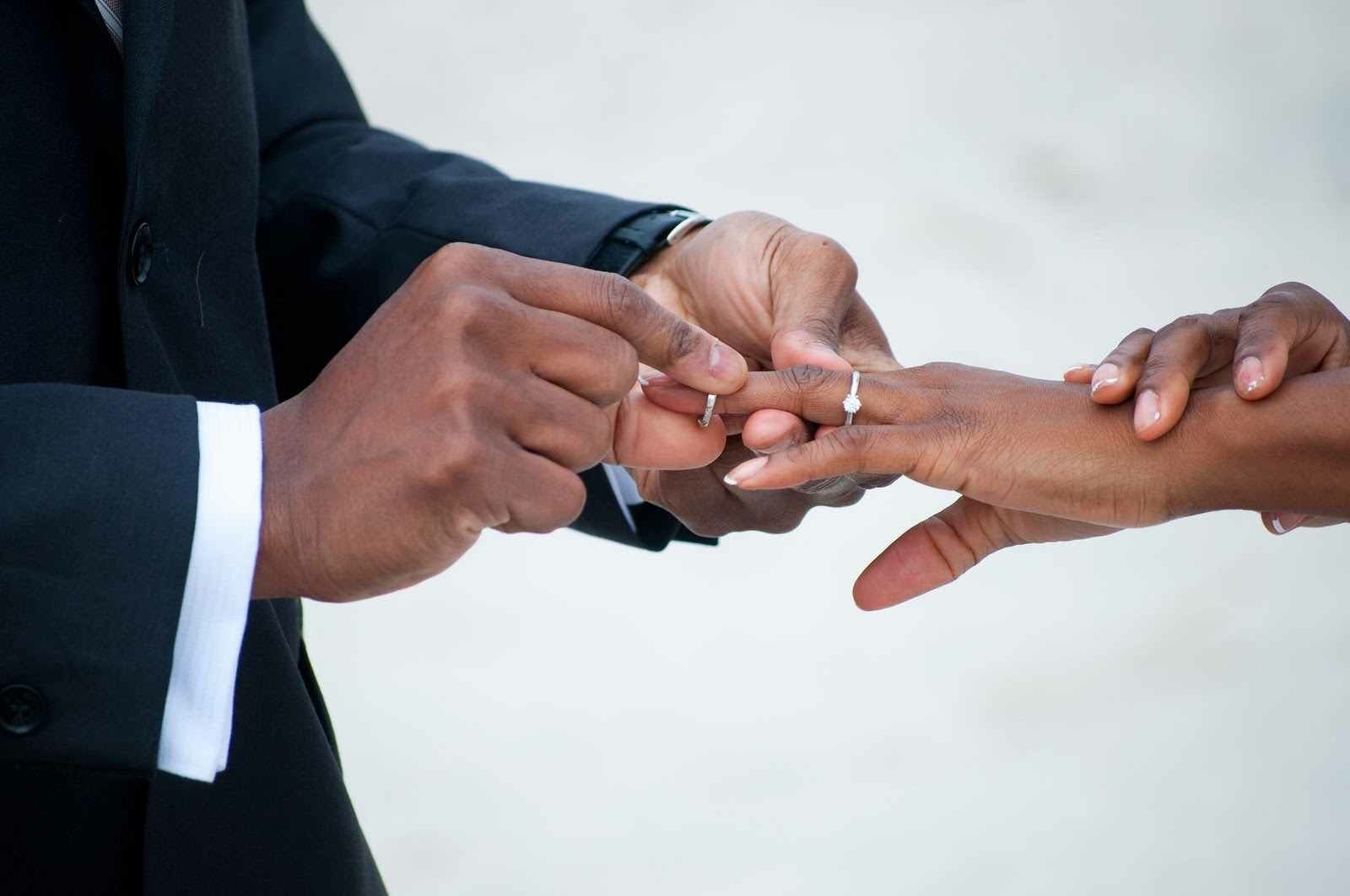 """Should Newlyweds Promise """"Till Death Do Us Part"""" Or """"For About 20 Years?"""""""