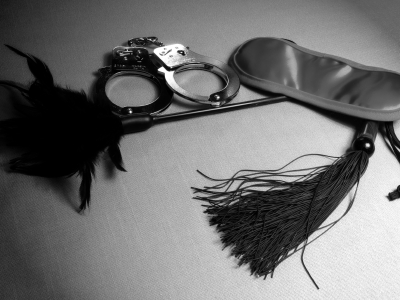 """Is """"Fifty Shades Of Grey"""" An Accurate Depiction Of The BDSM Community?"""