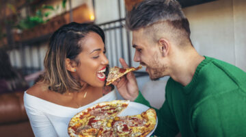 Can Food Put Us In The Mood? How Hunger State Influences Responses to Romantic Imagery
