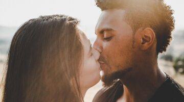 What's in a Kiss? How People Describe Their Best and Worst Kisses Ever