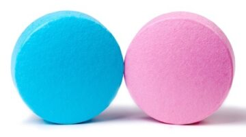 """What You Need to Know About Flibanserin, The So-Called """"Female Viagra"""""""