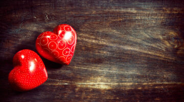 Two Hearts Beat As One, Literally: Our Heartbeats Synchronize With Those Of Our Loved Ones